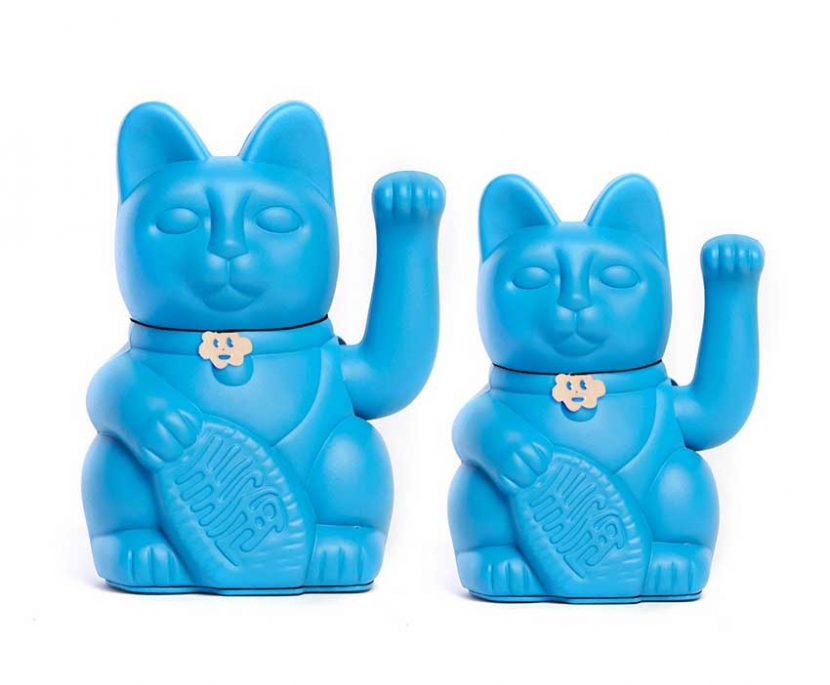 Lucky cat color azul pitufo