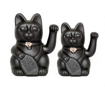 Lucky cat color negro