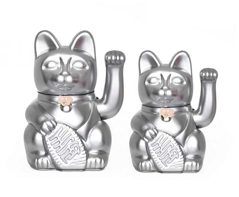 Lucky cat color plata